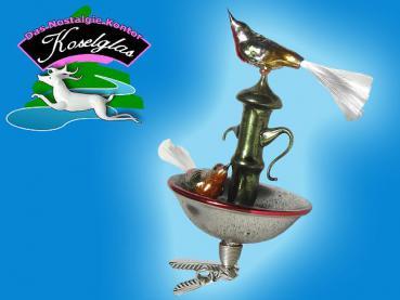 Koselglas Christbaumschmuck Vogel Auf Brunnen Mit Zwicker